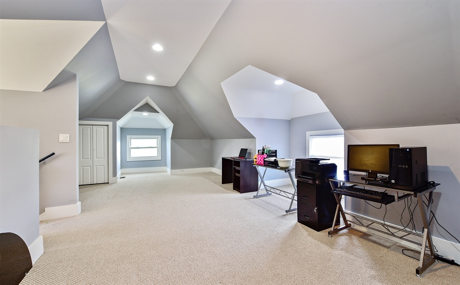 Real Estate Photography - 114 N Latrobe Ave, Chicago, IL, 60644 - 3rd Level