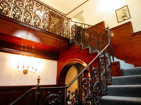 Real Estate Photography - 4506 N Sheridan Rd, Chicago, IL, 60640 - Staircase