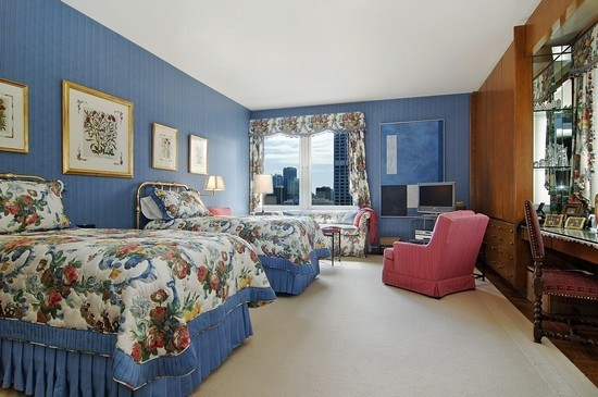 Real Estate Photography - 179 E Lake Shore Dr, Unit 29, Chicago, IL, 60611 - Bedroom