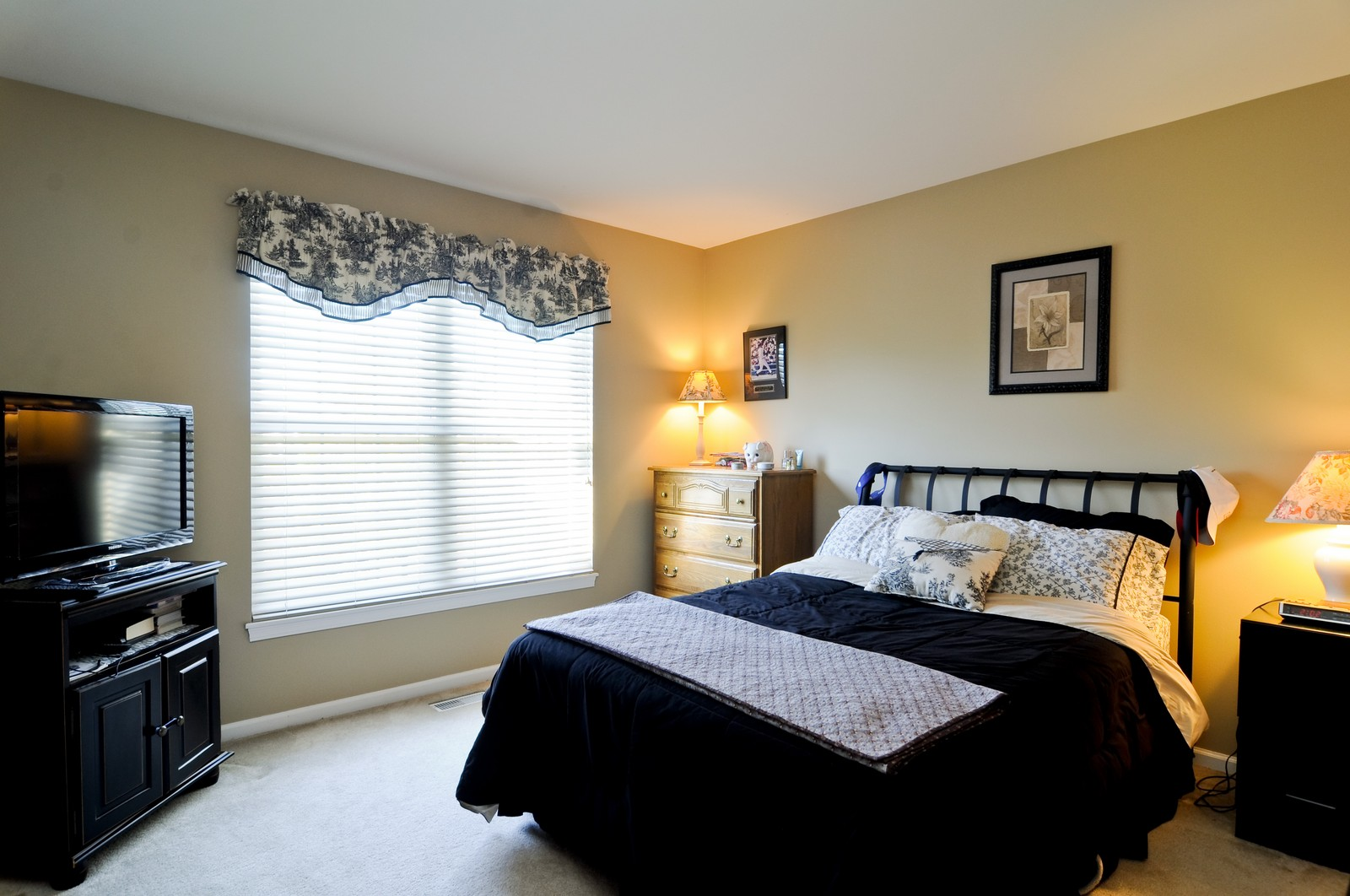 Real Estate Photography - 400 Kerry, Prospect Heights, IL, 60070 - 3rd Bedroom
