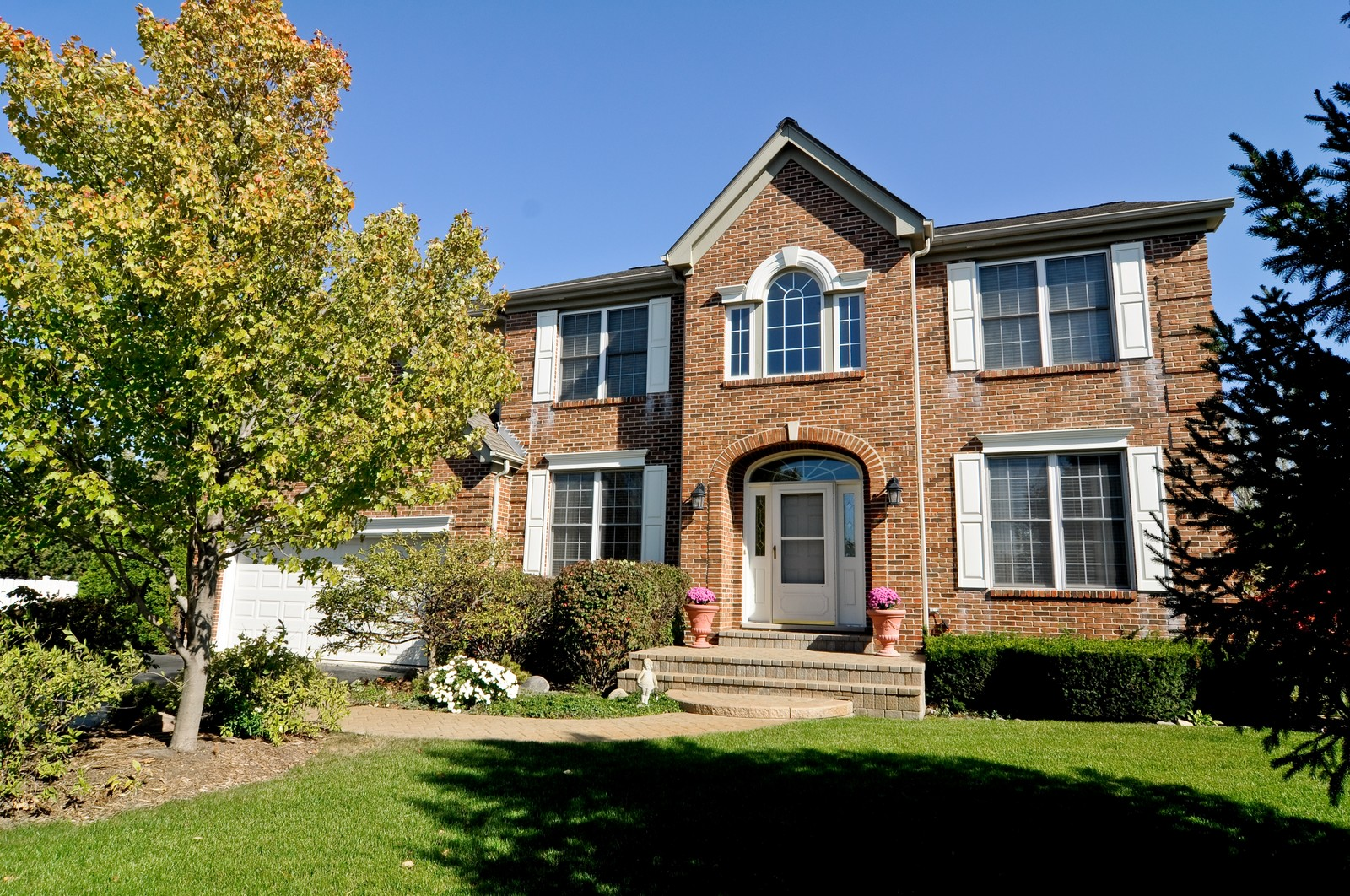 Real Estate Photography - 400 Kerry, Prospect Heights, IL, 60070 - Front View