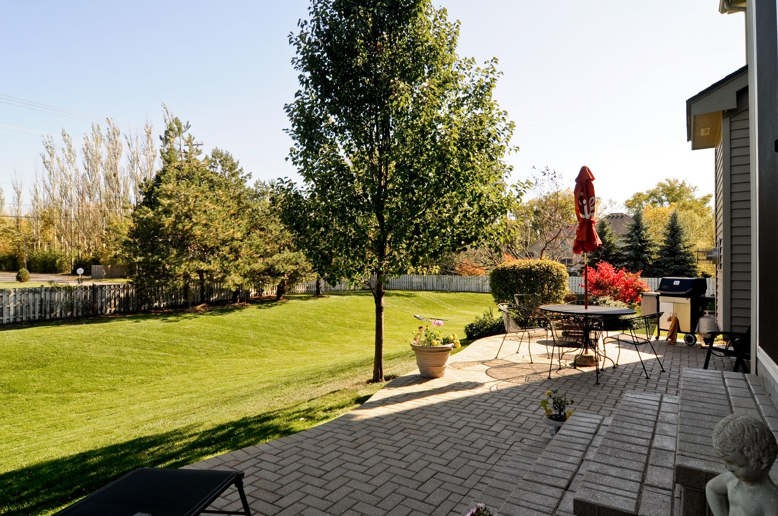 Real Estate Photography - 400 Kerry, Prospect Heights, IL, 60070 - Patio