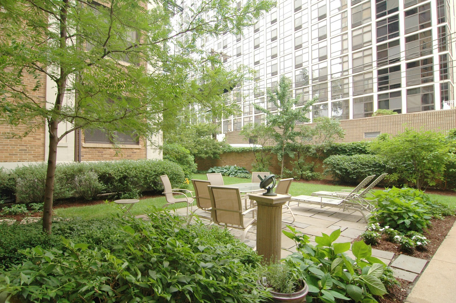 Real Estate Photography - 1209 N Astor, Unit 6S, Chicago, IL, 60610 - Garden