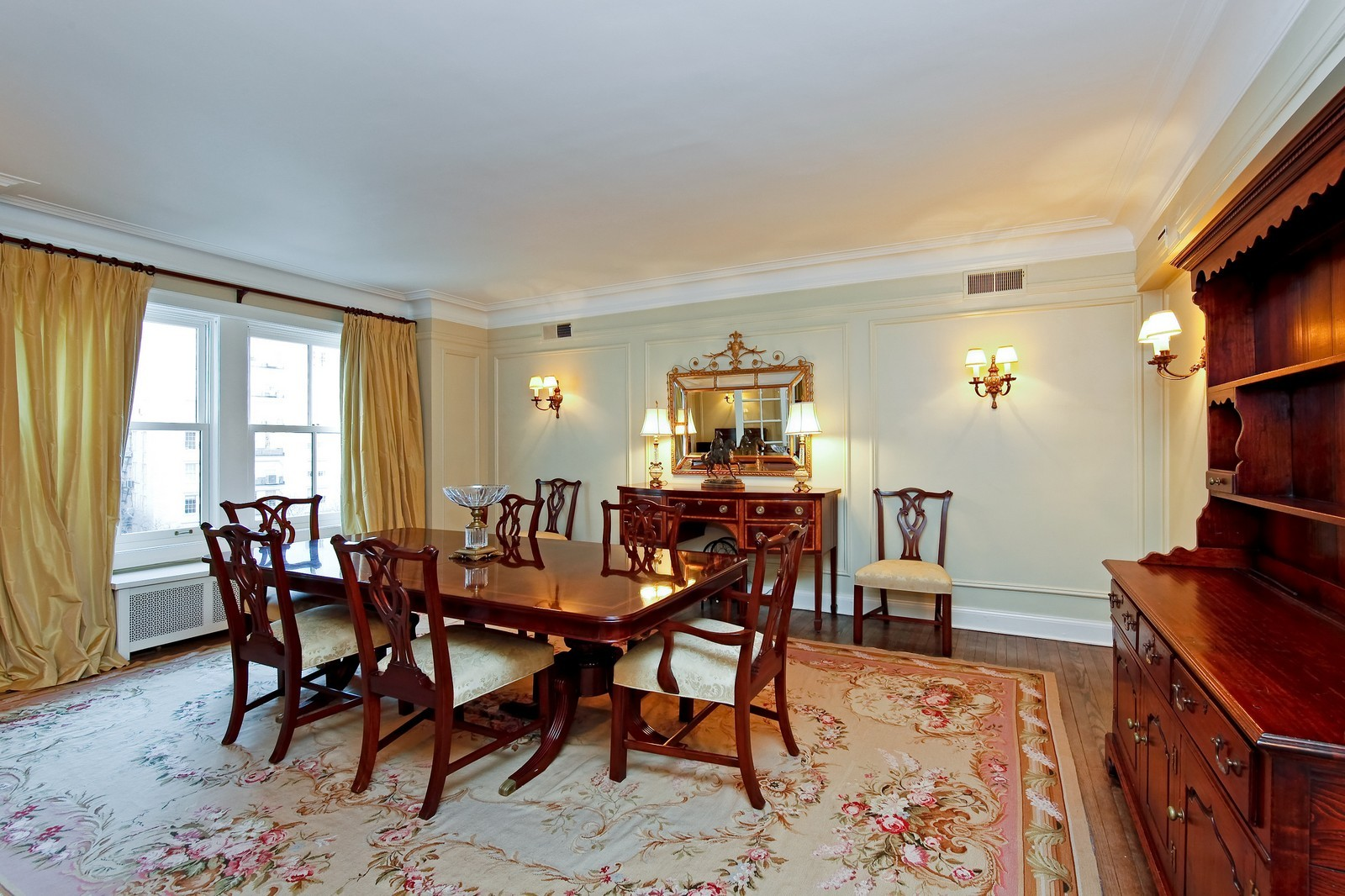 Real Estate Photography - 1209 N Astor, Unit 6S, Chicago, IL, 60610 - Dining Area