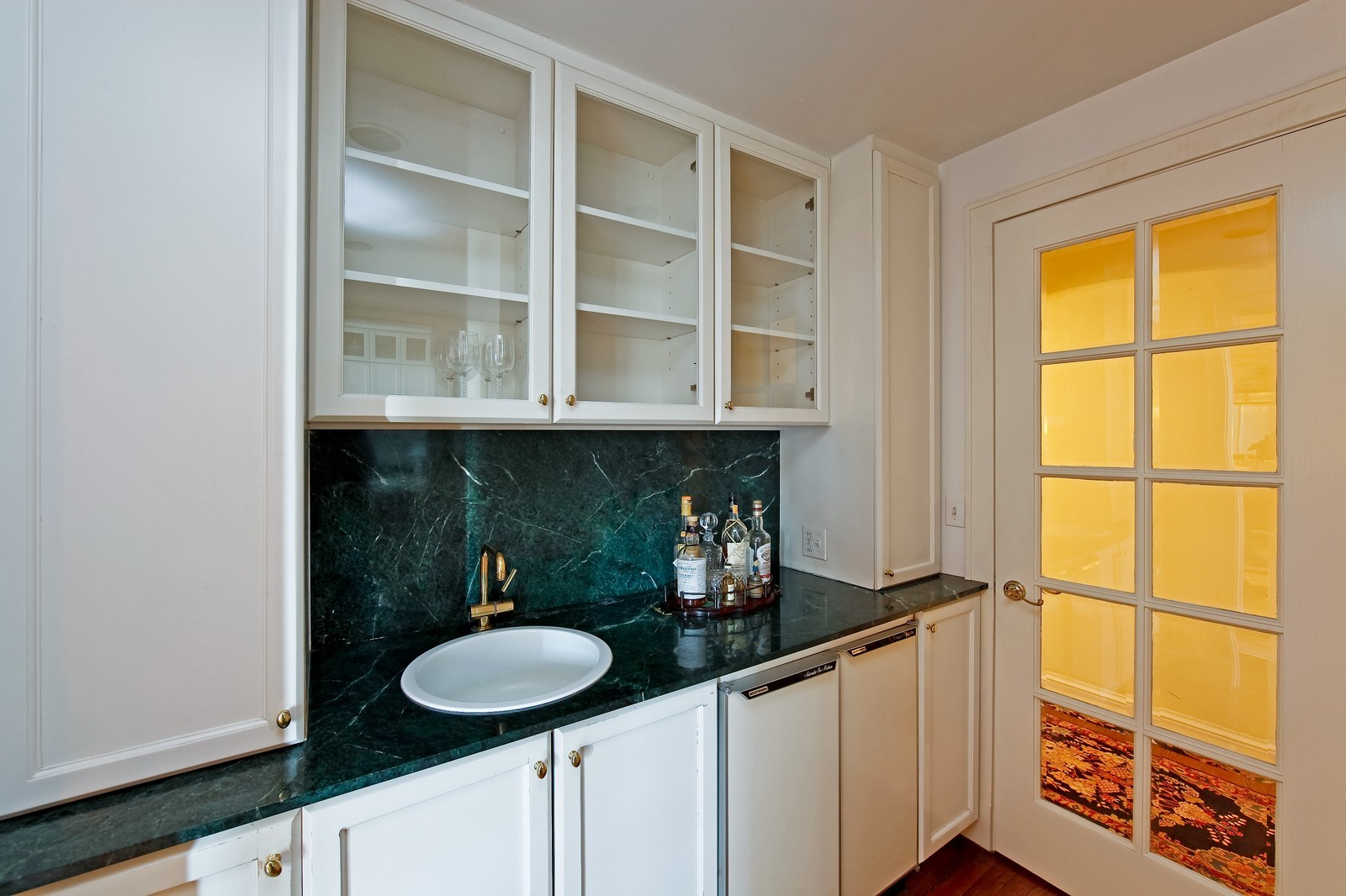 Real Estate Photography - 1209 N Astor, Unit 6S, Chicago, IL, 60610 - Bar
