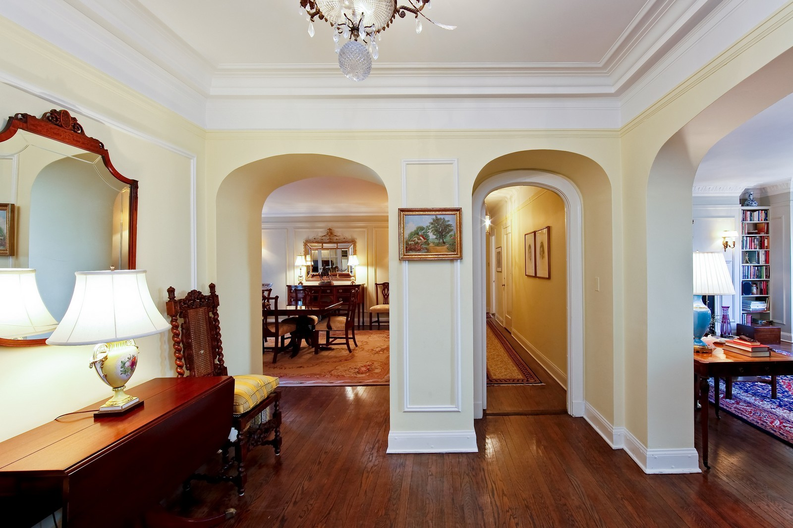 Real Estate Photography - 1209 N Astor, Unit 6S, Chicago, IL, 60610 - Entryway