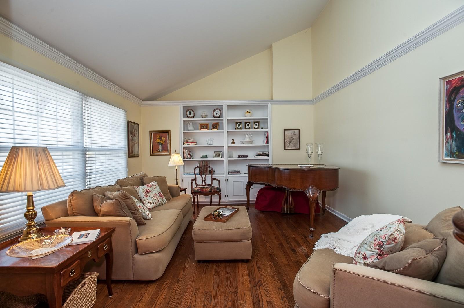 Real Estate Photography - 389 Bristol, Northfield, IL, 60093 - Living Room