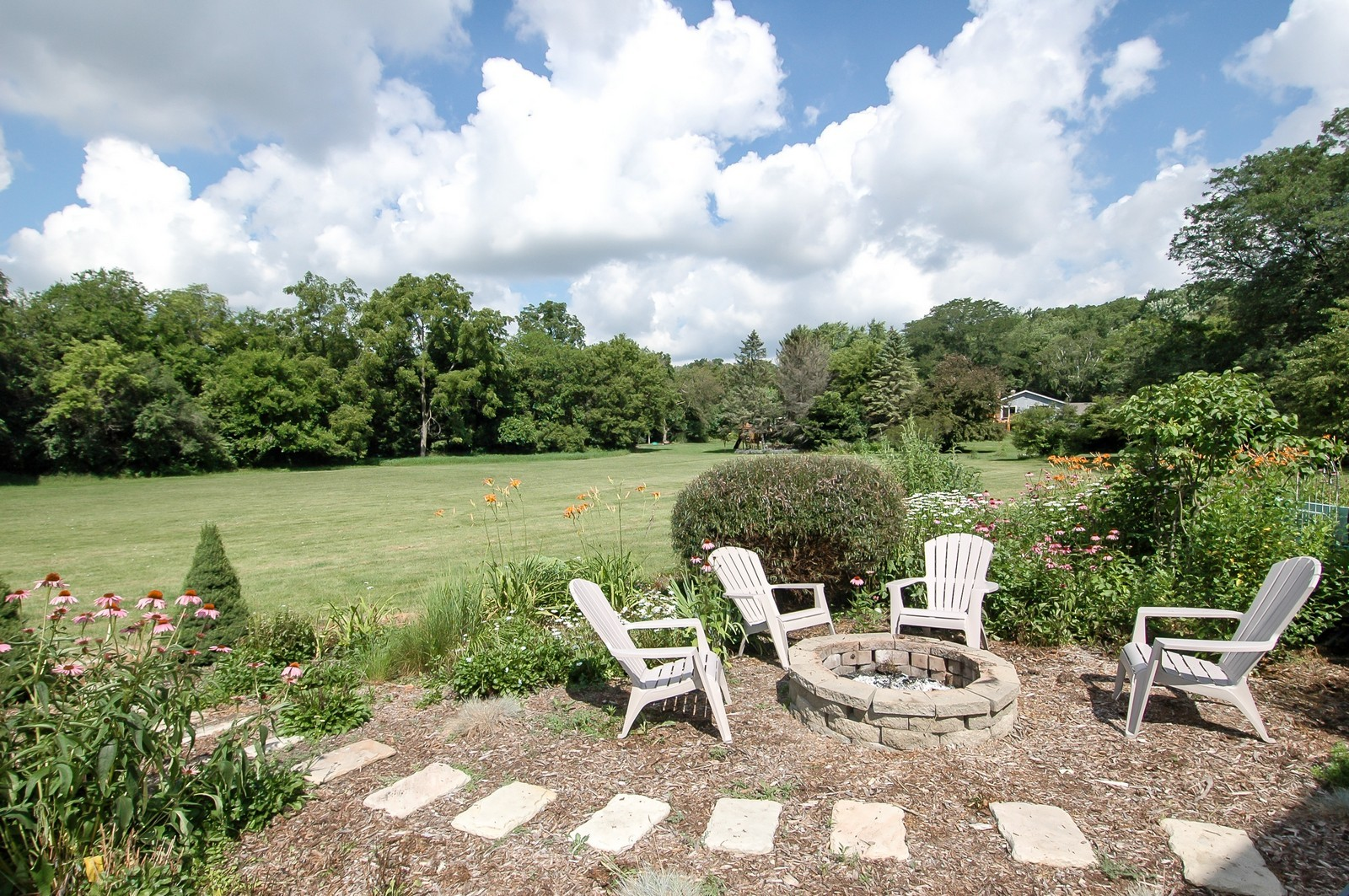 Real Estate Photography - 237 Vally Road, Cary, IL, 60013 - Location 1