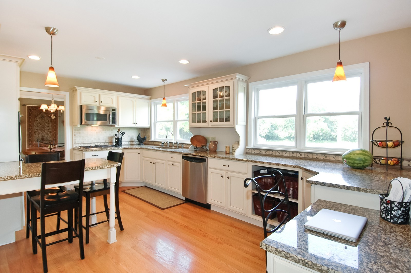 Real Estate Photography - 237 Vally Road, Cary, IL, 60013 - Kitchen