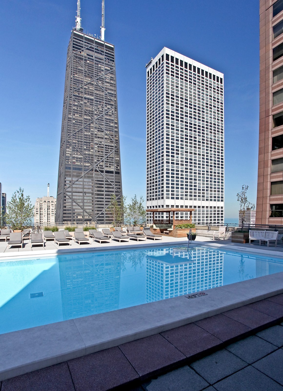 Real Estate Photography - 777 N Michigan Ave, Unit 2200, Chicago, IL, 60611 - Roof Deck