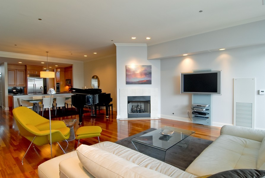 Real Estate Photography - 333 N Canal, Unit 3604, Chicago, IL, 60606 - Living Room