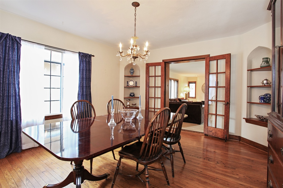 Real Estate Photography - 1417 Scott Ave, Winnetka, IL, 60093 - Dining Room
