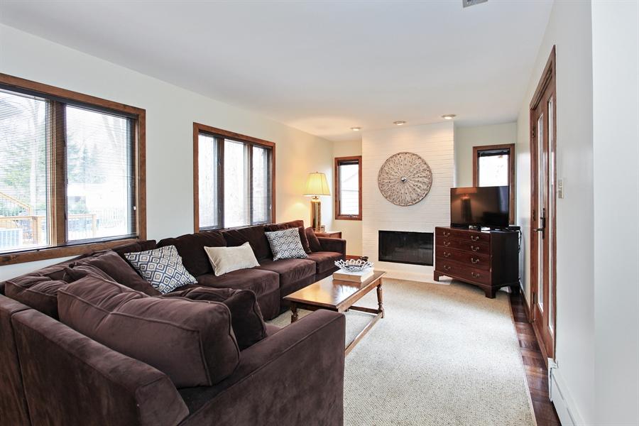 Real Estate Photography - 1417 Scott Ave, Winnetka, IL, 60093 - Family Room