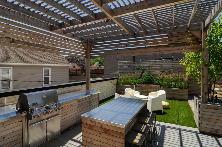 Real Estate Photography - 2138 N Damen, 2, Chicago, IL, 60647 - Terrace 3
