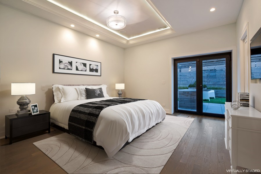 Real Estate Photography - 2138 N Damen, 2, Chicago, IL, 60647 - Master Bedroom