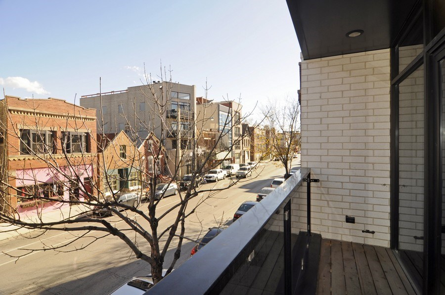 Real Estate Photography - 2138 N Damen, 2, Chicago, IL, 60647 - Balcony