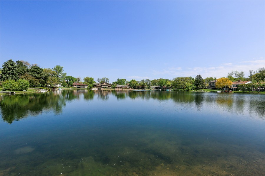 Real Estate Photography - 2090 W Touhy, Park Ridge, IL, 60068 - Spring Fed Park Lake