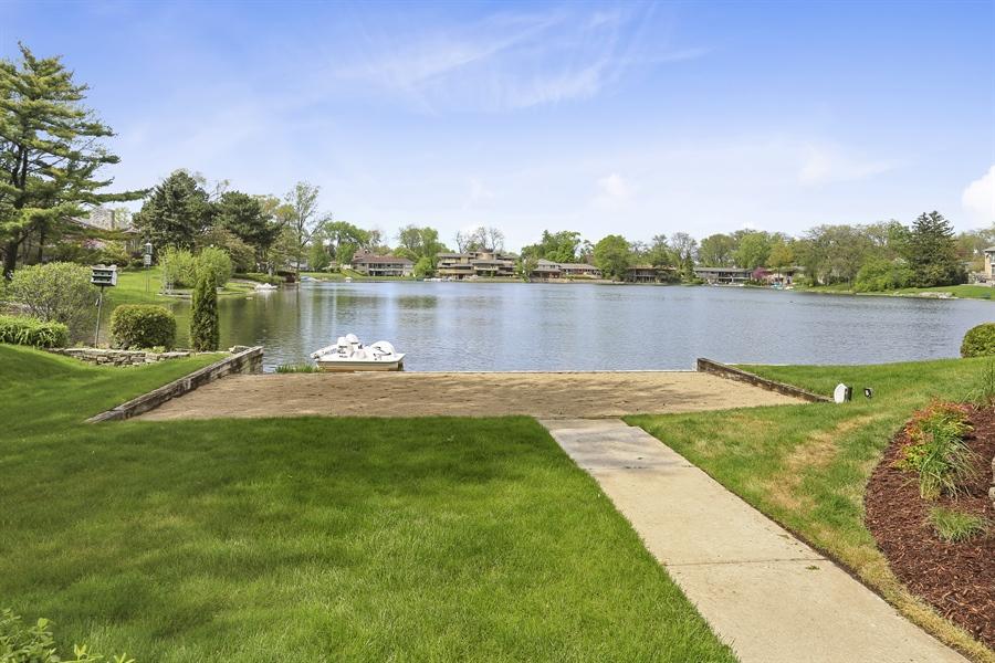 Real Estate Photography - 2090 W Touhy, Park Ridge, IL, 60068 - View