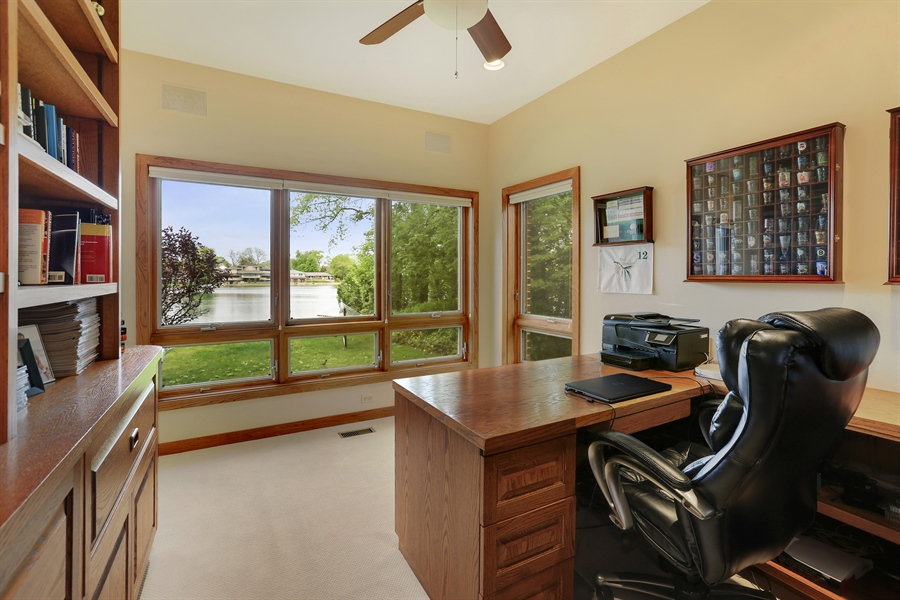 Real Estate Photography - 2090 W Touhy, Park Ridge, IL, 60068 - Office