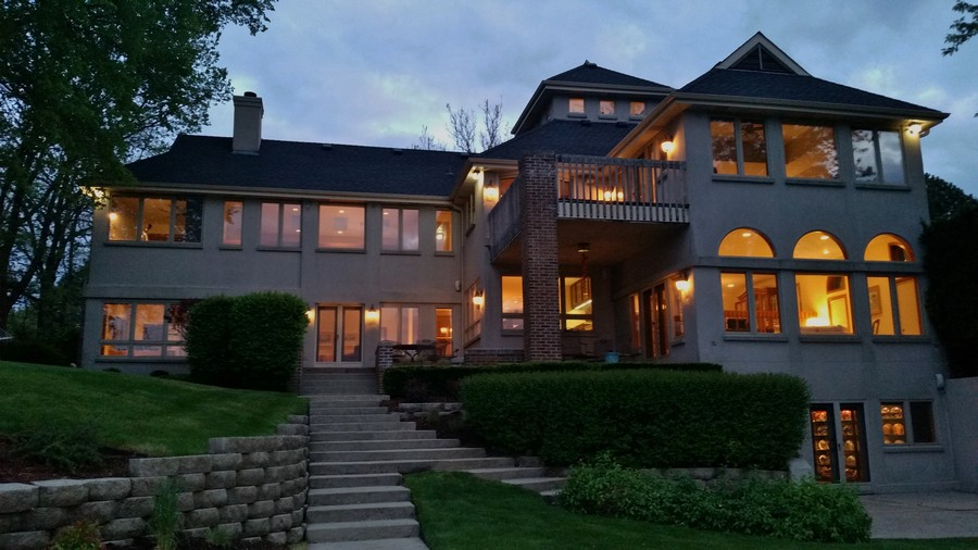 Real Estate Photography - 2090 W Touhy, Park Ridge, IL, 60068 -