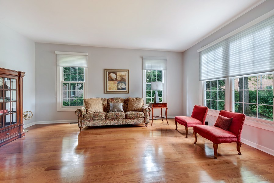 Real Estate Photography - 2126 Chandler Ln, Glenview, IL, 60026 - Living Room