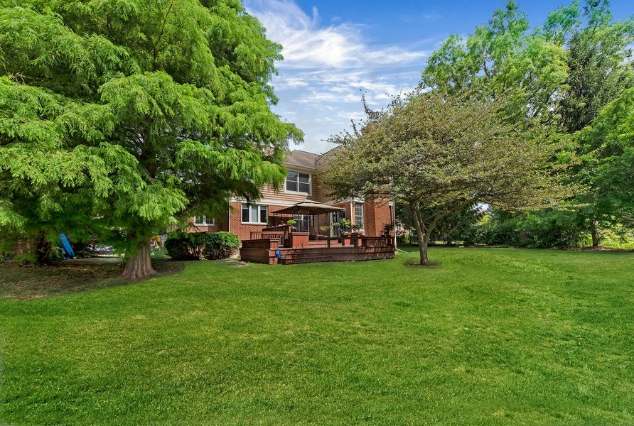 Real Estate Photography - 2126 Chandler Ln, Glenview, IL, 60026 - Rear View