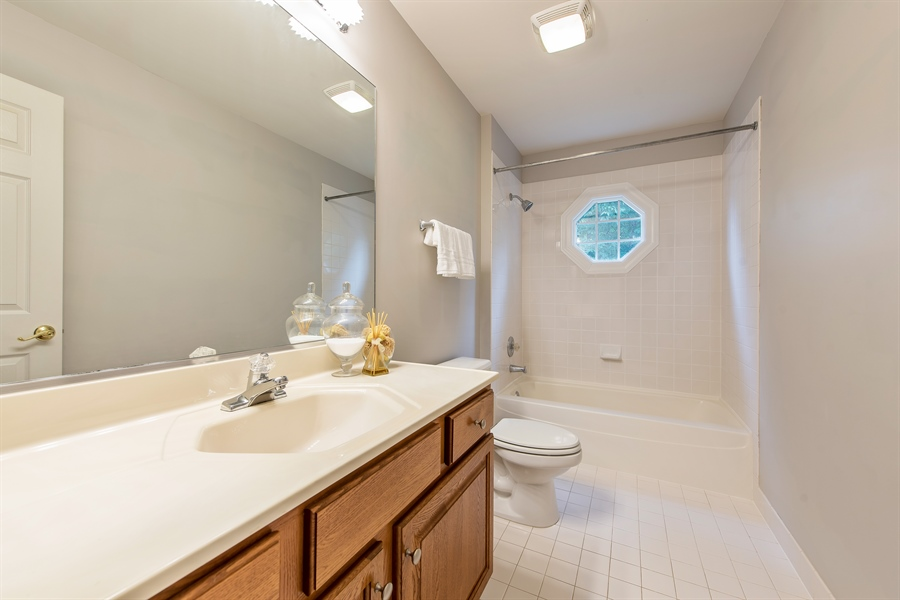 Real Estate Photography - 2126 Chandler Ln, Glenview, IL, 60026 - 2nd Bathroom