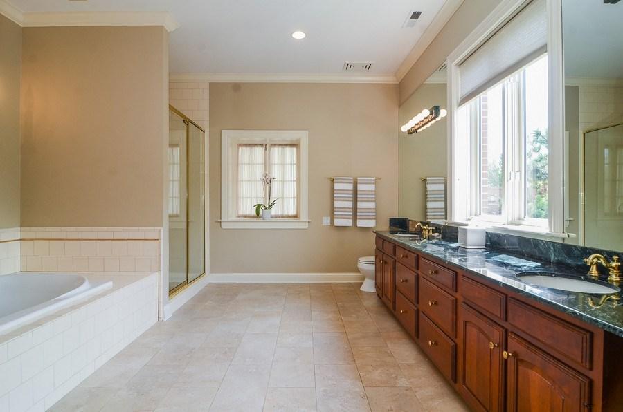 Real Estate Photography - 1027 W Lill, Chicago, IL, 60614 - Master Bathroom