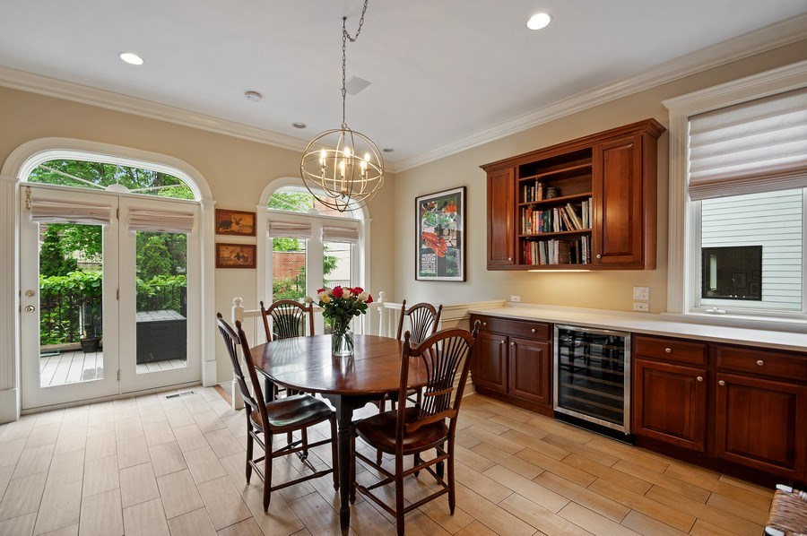 Real Estate Photography - 1027 W Lill, Chicago, IL, 60614 - Kitchen / Breakfast Room