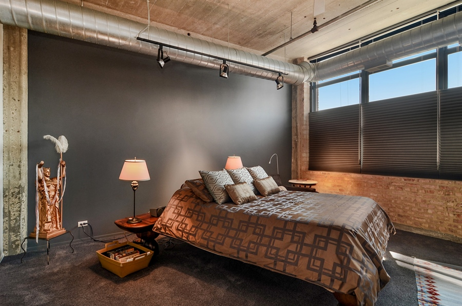 Real Estate Photography - 850 W Adams, 6C, Chicago, IL, 60607 - Master Bedroom