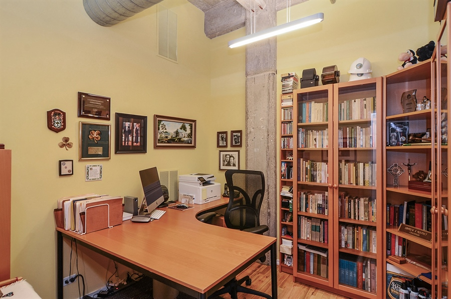 Real Estate Photography - 850 W Adams, 6C, Chicago, IL, 60607 - 2nd Bedroom