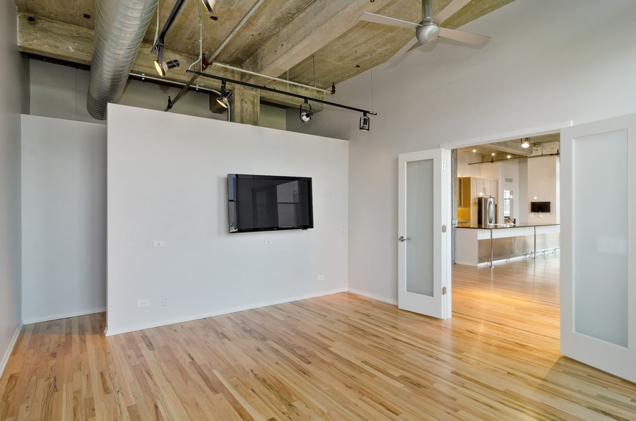 Real Estate Photography - 850 W Adams, 6C, Chicago, IL, 60607 - 3rd Bedroom