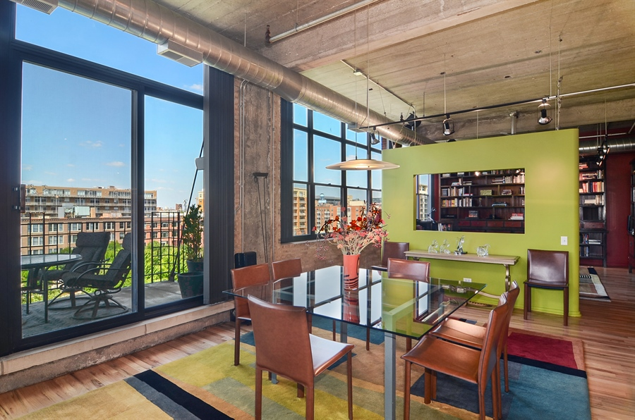 Real Estate Photography - 850 W Adams, 6C, Chicago, IL, 60607 - Dining Room