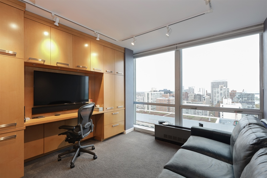 Real Estate Photography - 330 W Diversey, Apt 2308-2309, Chicago, IL, 60657 - 2nd Bedroom