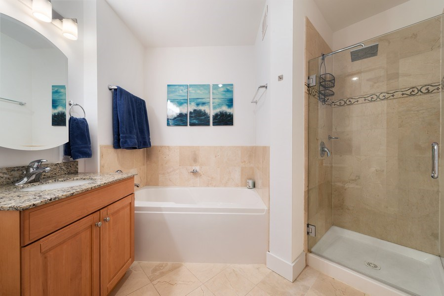 Real Estate Photography - 420 E Waterside Dr, 1502, Chicago, IL, 60601 - Bathroom