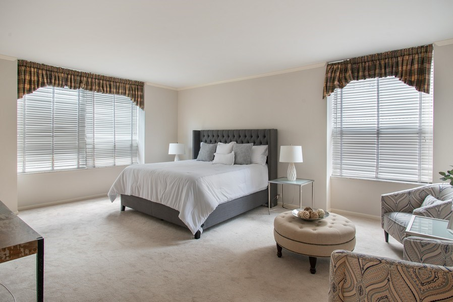 Real Estate Photography - 1040 N Lake Shore Dr, 5A, Chicago, IL, 60611 - Master Bedroom