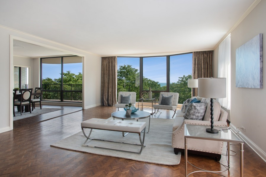 Real Estate Photography - 1040 N Lake Shore Dr, 5A, Chicago, IL, 60611 - Living Room