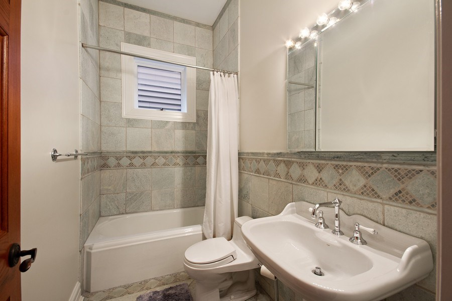 Real Estate Photography - 1664 N Burling, Chicago, IL, 60614 - 2nd Bathroom