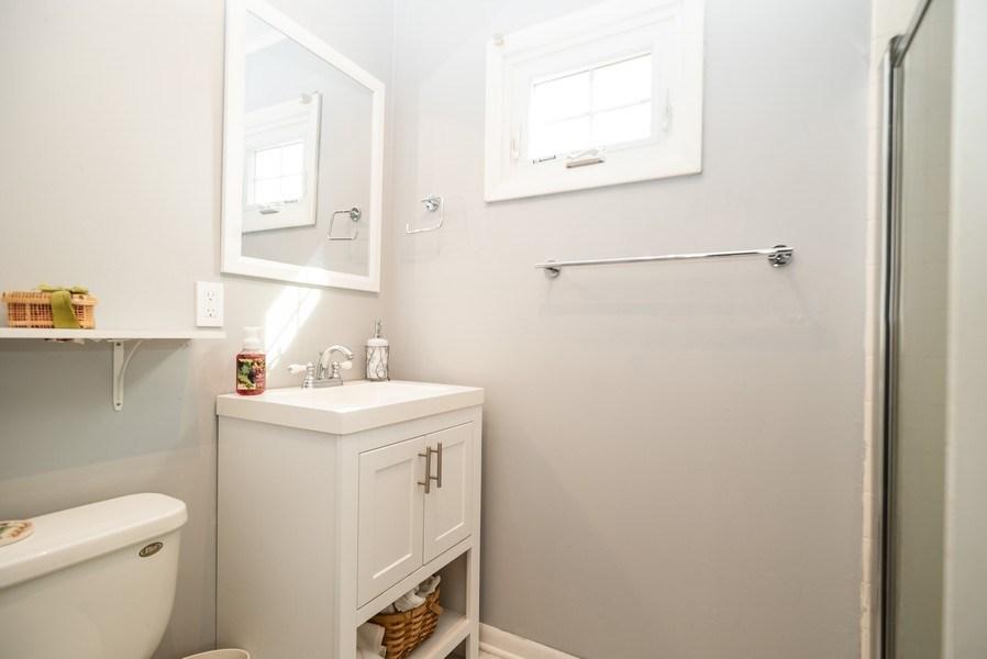 Real Estate Photography - 1716 S Prospect, Park Ridge, IL, 60068 - Half Bath