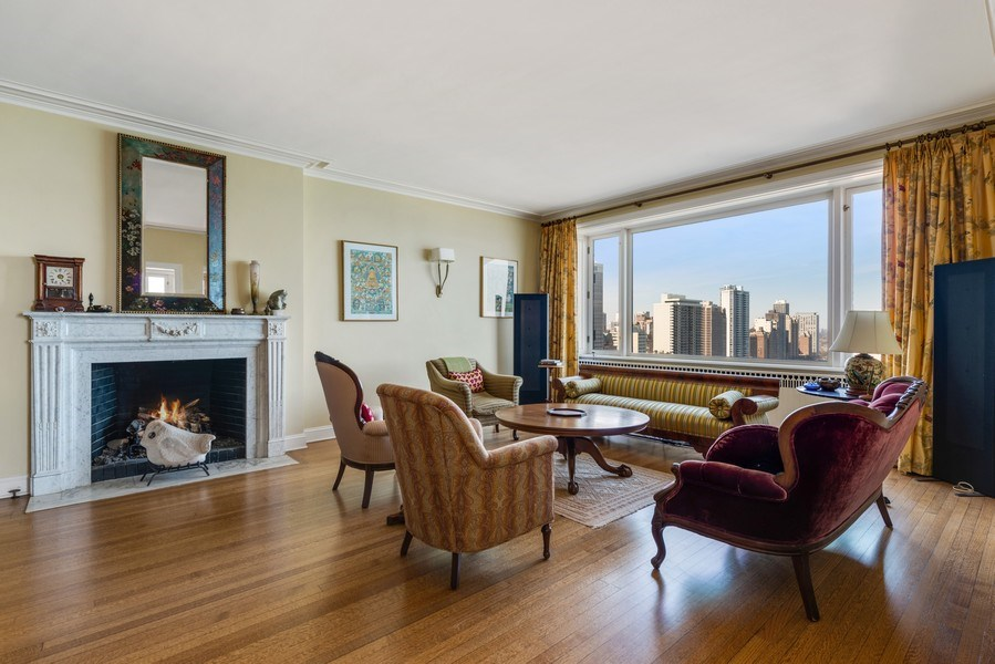 Real Estate Photography - 179 East Lake Shore Drive, Apartment 22E, Chicago, IL, 60611 - Living Room