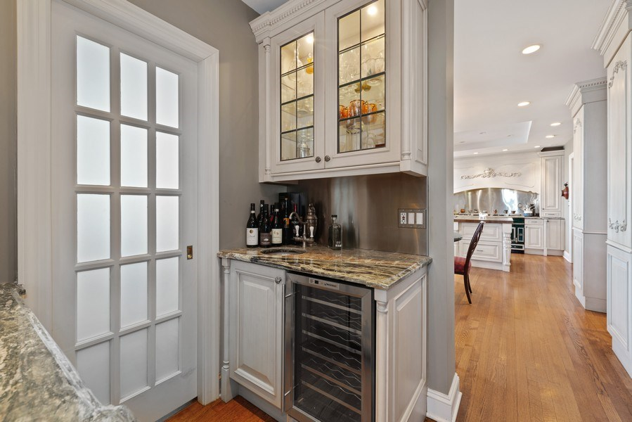 Real Estate Photography - 179 East Lake Shore Drive, Apartment 22E, Chicago, IL, 60611 - Butler's pantry