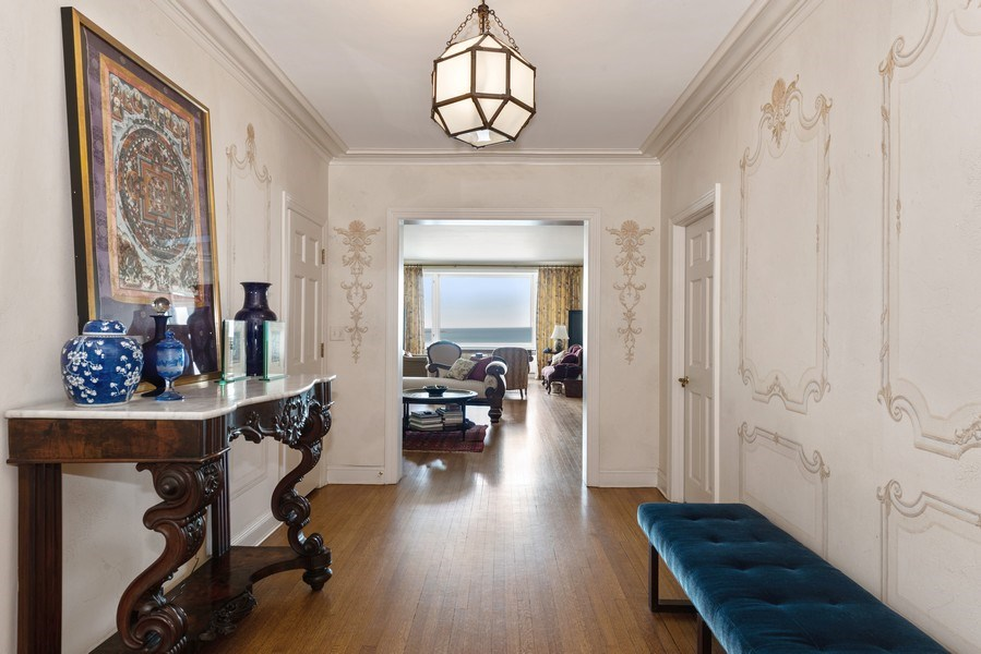 Real Estate Photography - 179 East Lake Shore Drive, Apartment 22E, Chicago, IL, 60611 - Foyer