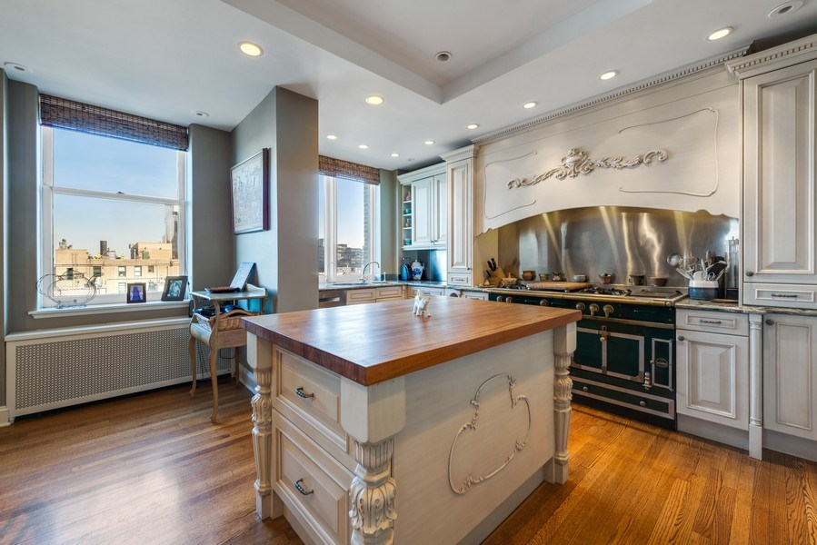 Real Estate Photography - 179 East Lake Shore Drive, Apartment 22E, Chicago, IL, 60611 - Kitchen
