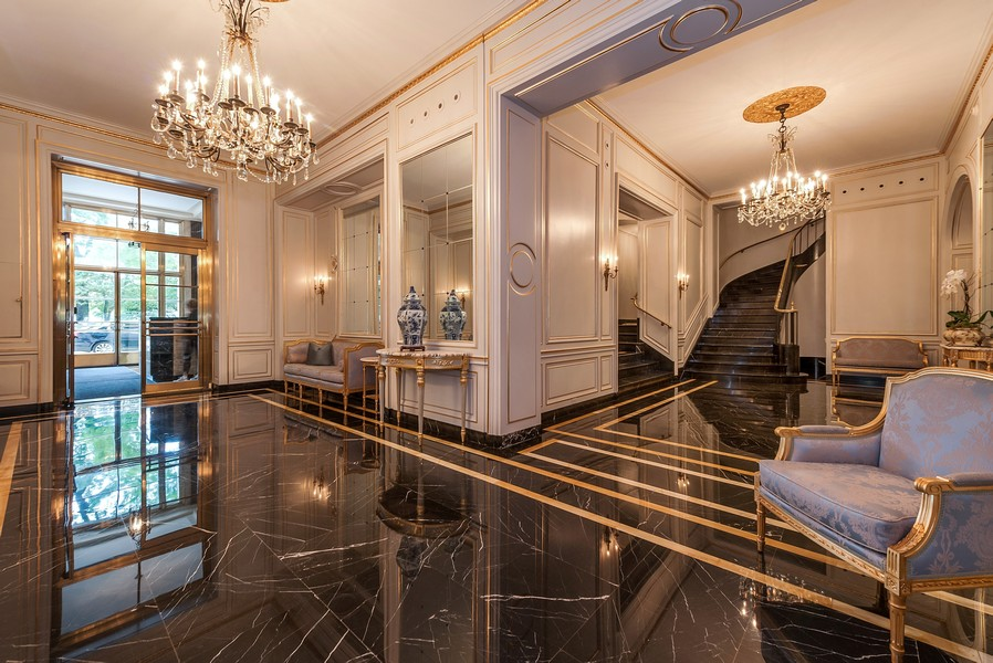 Real Estate Photography - 179 East Lake Shore Drive, Apartment 22E, Chicago, IL, 60611 - Drake Tower Building Lobby