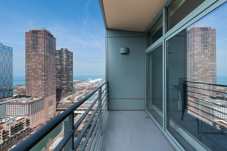 Real Estate Photography - 415 E North Water St, Unit 2803, Chicago, IL, 60611 - Terrace 2