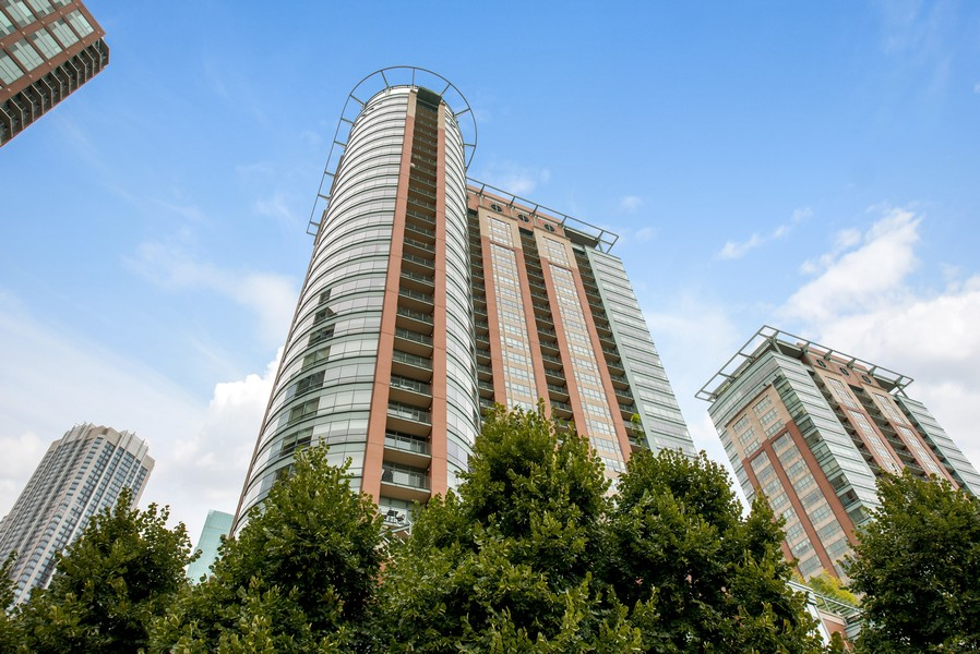 Real Estate Photography - 415 E North Water St, Unit 2803, Chicago, IL, 60611 -