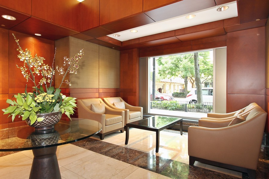 Real Estate Photography - 415 E North Water St, Unit 2803, Chicago, IL, 60611 - LOBBY