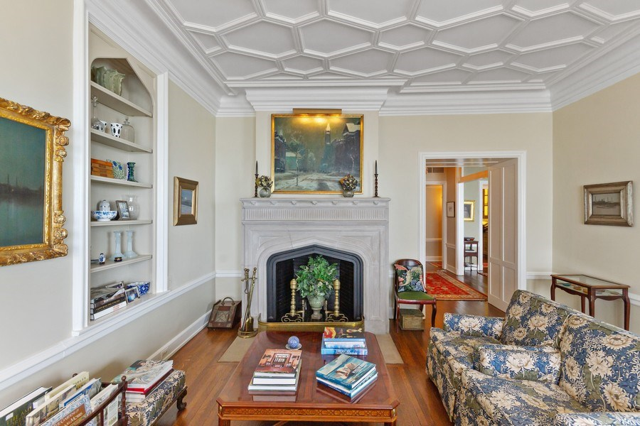 Real Estate Photography - 999 Lake Shore Dr, 3C, Chicago, IL, 60611 - Living Room