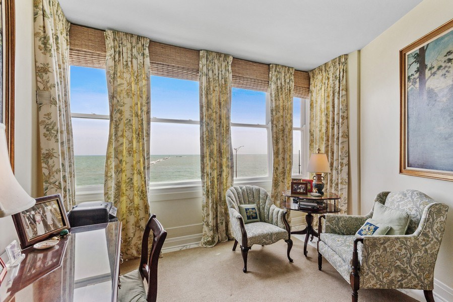 Real Estate Photography - 999 Lake Shore Dr, 3C, Chicago, IL, 60611 - Master Bedroom