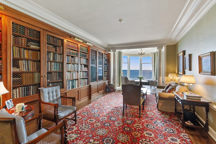 Real Estate Photography - 999 Lake Shore Dr, 3C, Chicago, IL, 60611 - Library